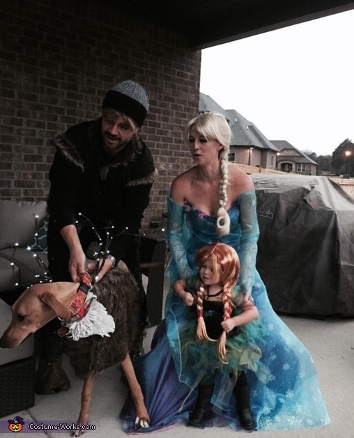 Sven's Fluffy White Chest, Toddler Frozen Obsession Costume