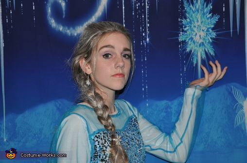 Elsa's got skills!, Frozen Family Costume