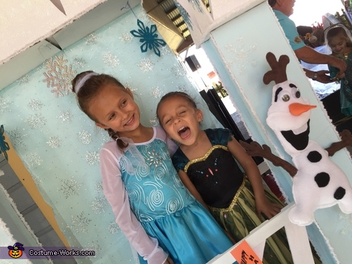 So Happy!, Frozen Ice Castle Elsa & Anna Costume