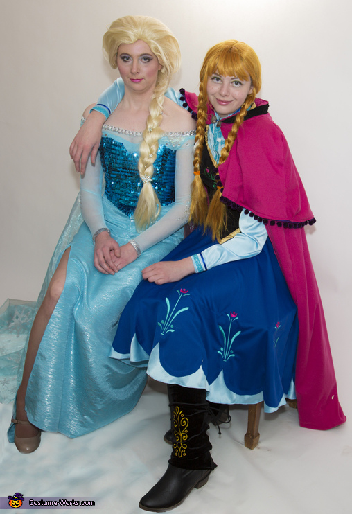 Frozen's Elsa and Anna sitting a spell, Frozen Sisters Anna and Elsa Costume