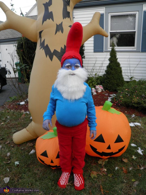 Full smurf. Papa Smurf - Homemade costumes for boys