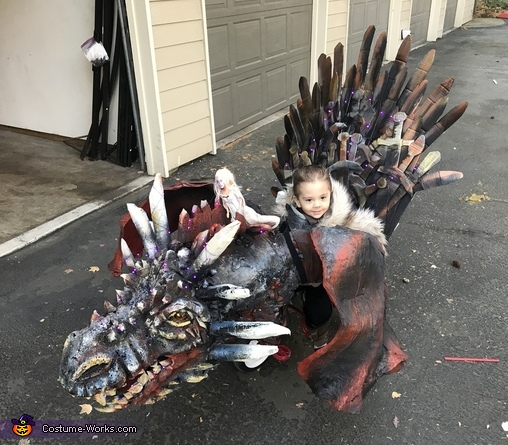 Game of Thrones Dragon and Baby John Snow Costume