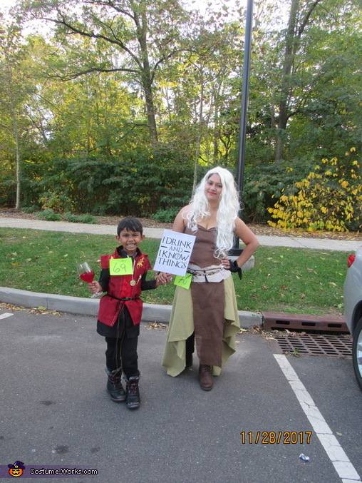 Queen deanerys with hand of the queen, Game of Thrones Family Costume
