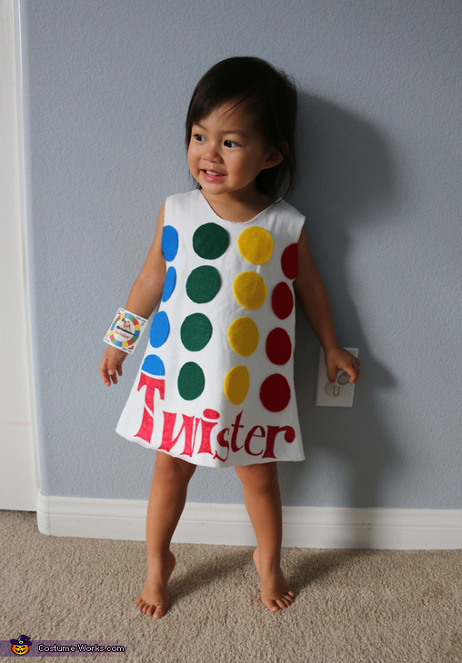 Twister, Games Family Costume