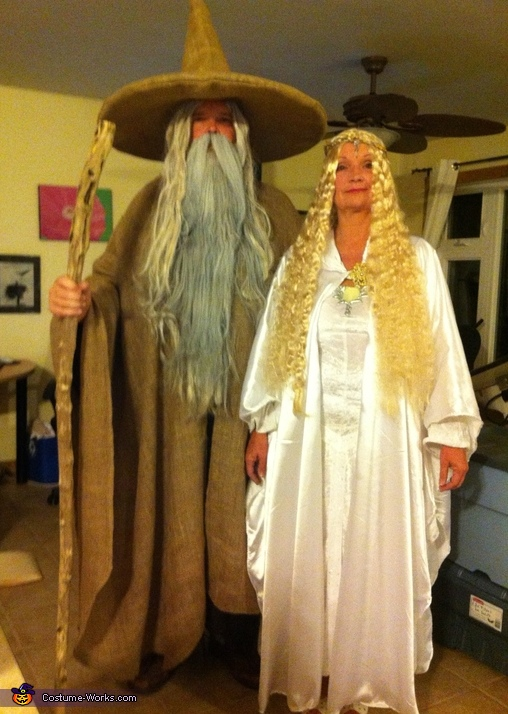 Gandalf and Galadriel - Couple\'s Halloween Costume Idea