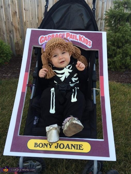 Bony Joanie, Bony Joanie Costume