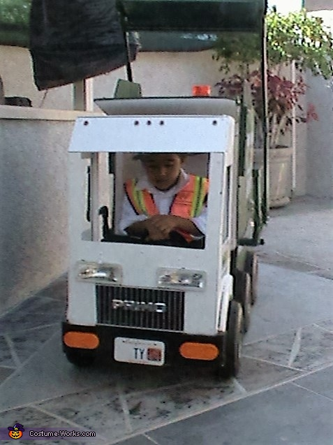 Garbage Truck Costume for Boys