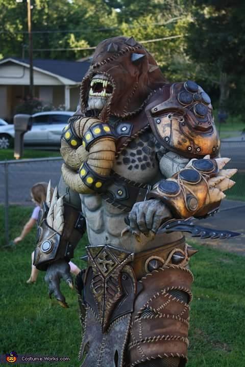 Gears Of War Savage Locust Costume