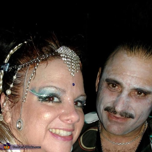 late nite, Genie Costume