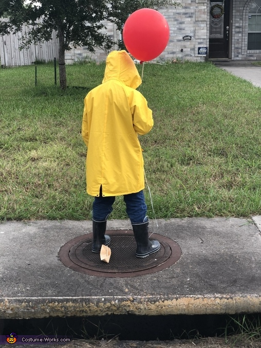 Found a red balloon, Georgie from IT Costume