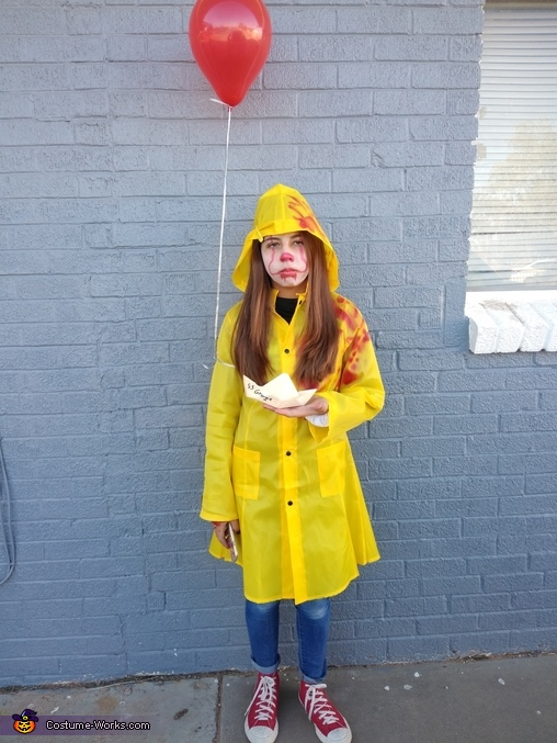 Georgie IT Costume