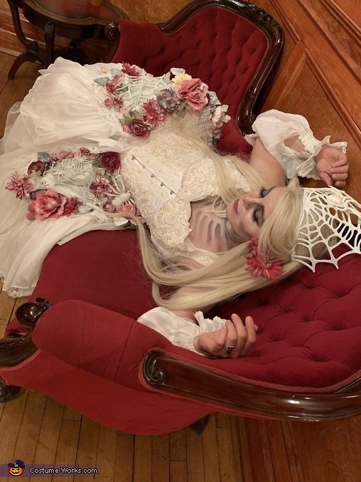 Ghost of Antebellum Costume