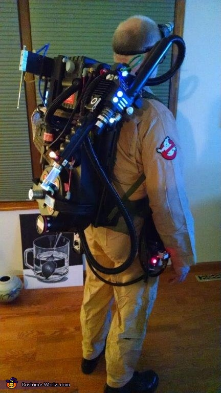 Costume right view, Ghostbuster Outfit Costume