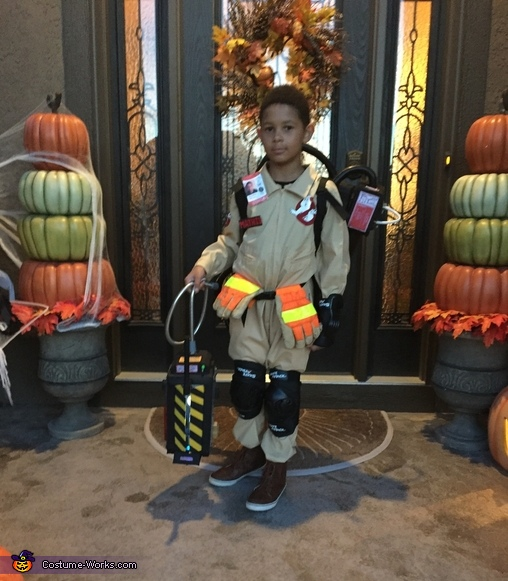 Ghostbuster front view, Ghostbuster Costume