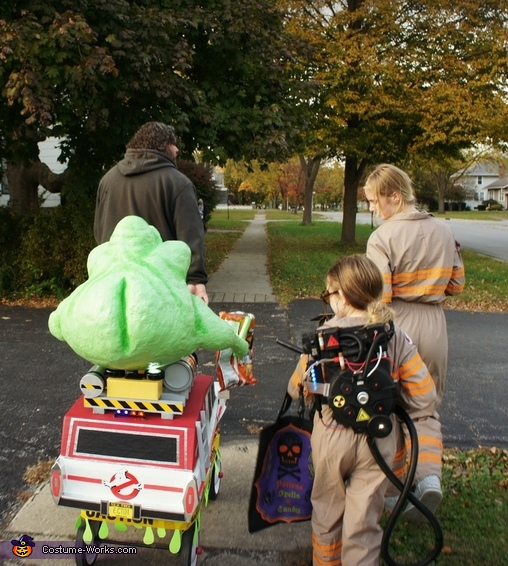 Trick or treating with Slimer and the Ecto-1..we brought a radio and played the Ghostbusters theme song throughout our town!, Ghostbuster with Slimer and the Ecto-1 Costume