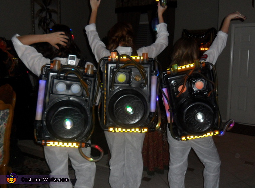 Proton Power Packs United. Ghostbusters - Homemade costumes for groups