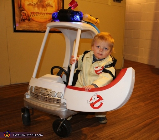 Ready to Capture some Ghosts, Ghostbusters on the Move Costume