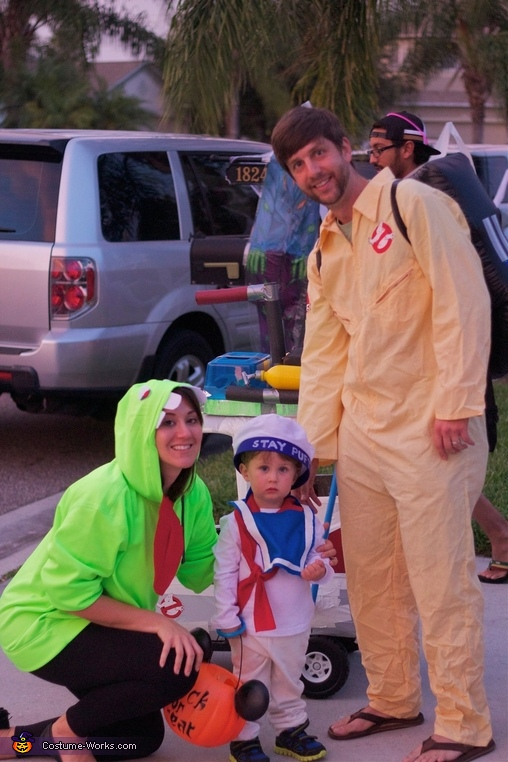 Ghostbuster Family Costume