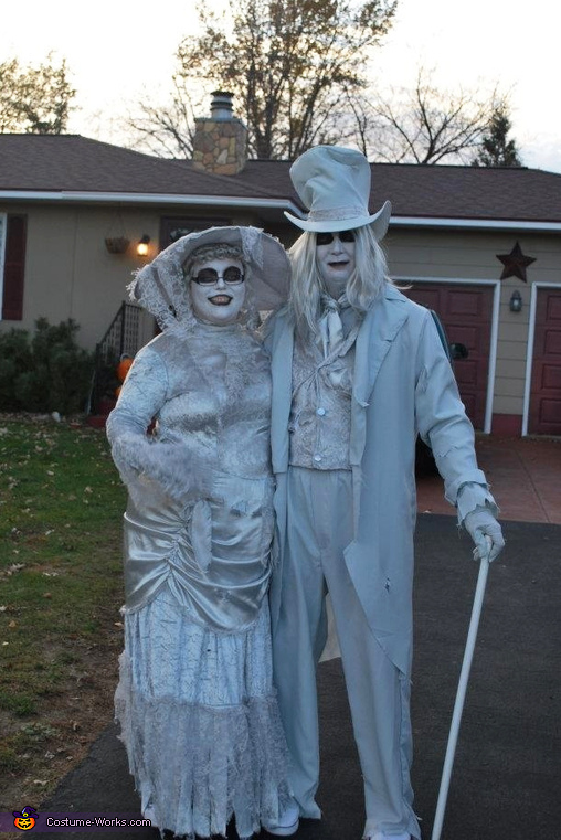Ghostly Lady & Gent Costume