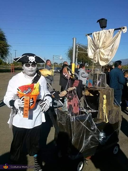 Ghostly Pirate and his Haunted Ship Costume