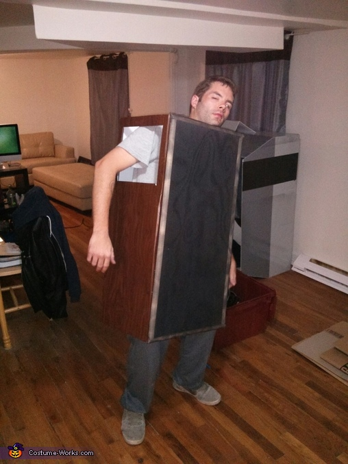 one speaker, Giant Nintendo Costume