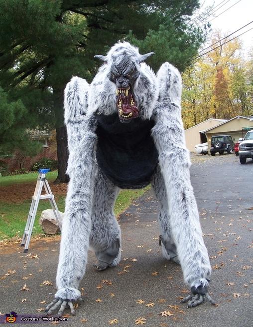 Giant Werewolf Costume