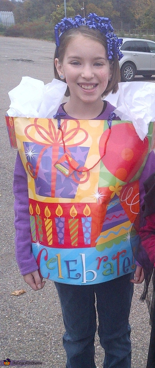 Gift Bag - Homemade costumes for girls