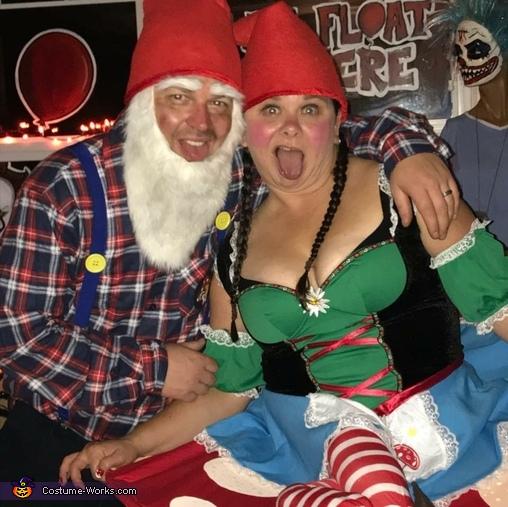 Gnome couple Halloween costume, Gnome Couple Costume