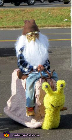 Gnome riding Snail Costume