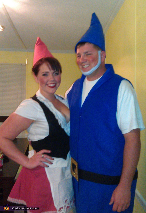 Gnomeo and Juliet - Homemade costumes for couples