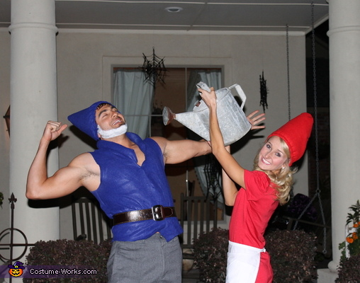 in the front yard, Gnomeo & Juliet Costume