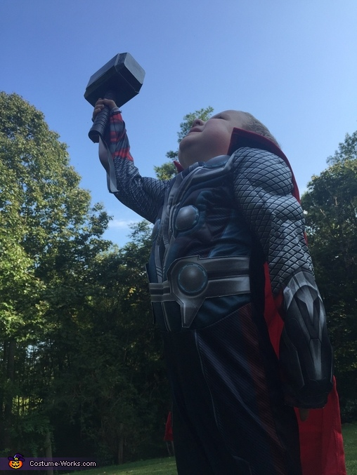 God of Thunder Costume