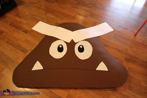 Eyebrow Time, Goomba Costume