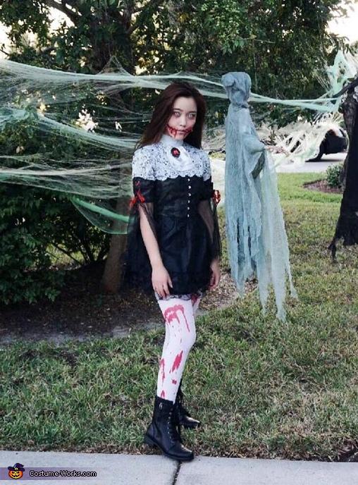 Gothic Girl Costume