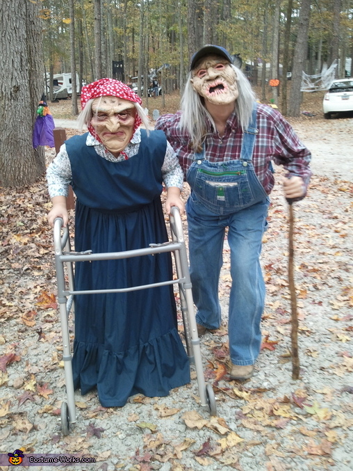 Gramps and Granny, Gramps and Granny Costume