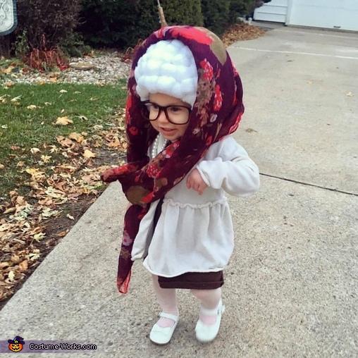Grandma Ari Costume