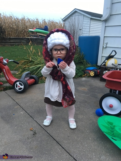 Little old Ariana, Grandma Ari Costume