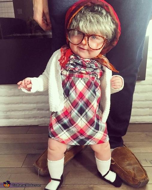 Grandma Edna Costume