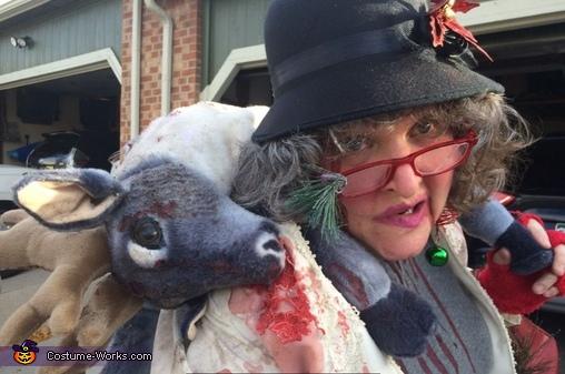 Grandma got ran over by a reindeer 2, Grandma got ran over by a Reindeer Costume