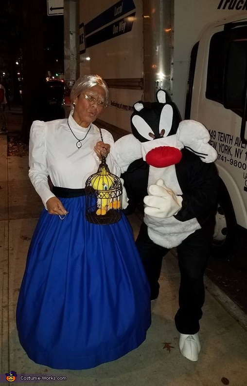 Granny, Tweety and Sylvester Costume