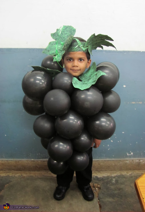 Juicy grapes, Grapes Costume