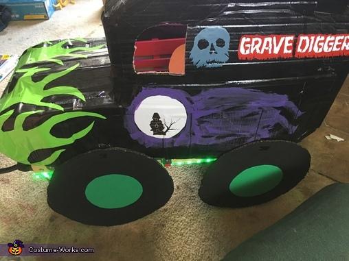 Monster Truck Halloween Costume | Monster Jam Grave Digger Costume Photo 3 3