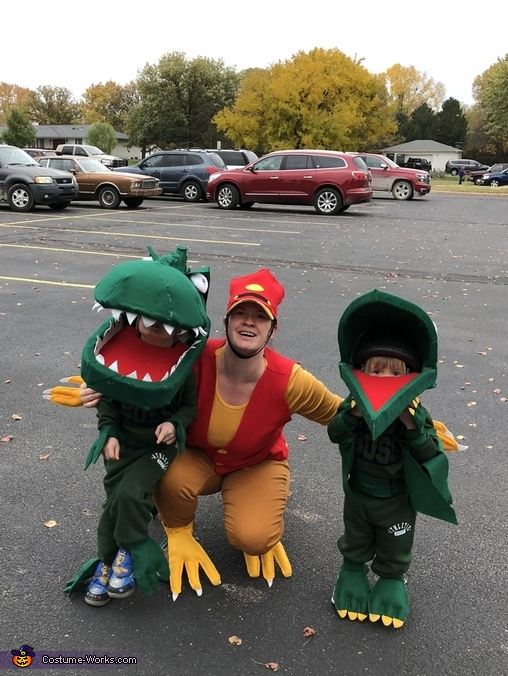 With family, Green T Rex from Dinosaur Train Costume
