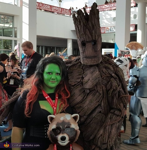 Family, Groot Costume