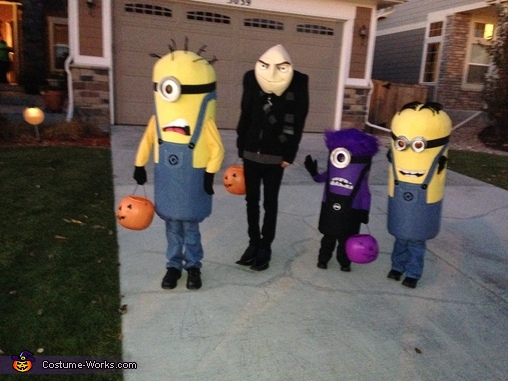 Out on the street....., Gru and Crew Despicable Me 2 Family Costume