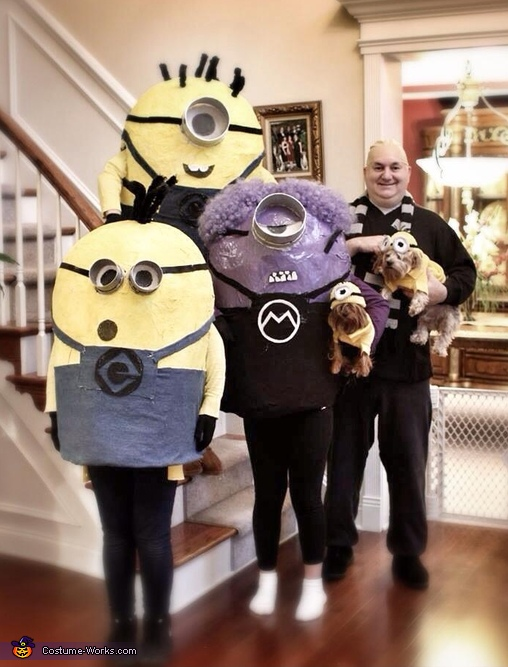 Gru and his Minions Family Costume
