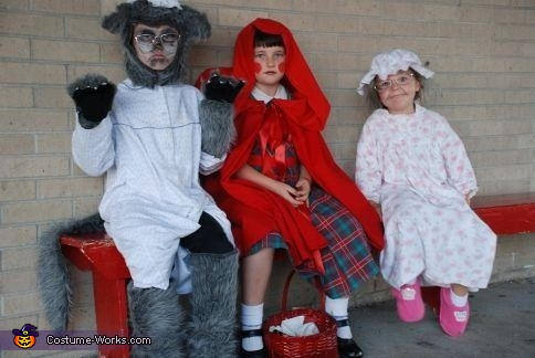 Little Red Riding Hood, Big Bad Wolf and Granny - Homemade costumes for kids