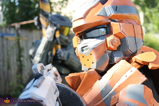 Halo 4 Warrior DIY Costume