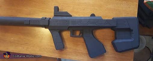 Close-up of the SMG, Halo ODST Costume