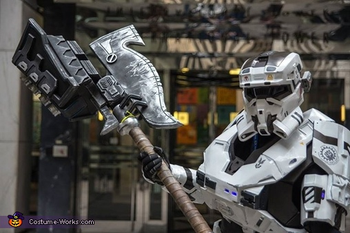 Closeup of AsgardianHammer, Halo Reach Mark V Custom Spartan Costume